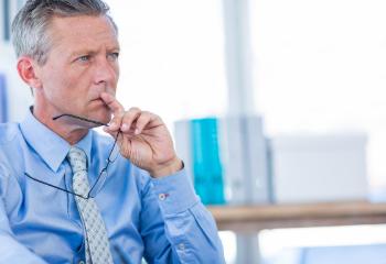 Nine cognitive biases risk managers